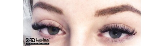 Beauty in Times of Quarantine, Or How to Remove Eyelash Extensions At Home